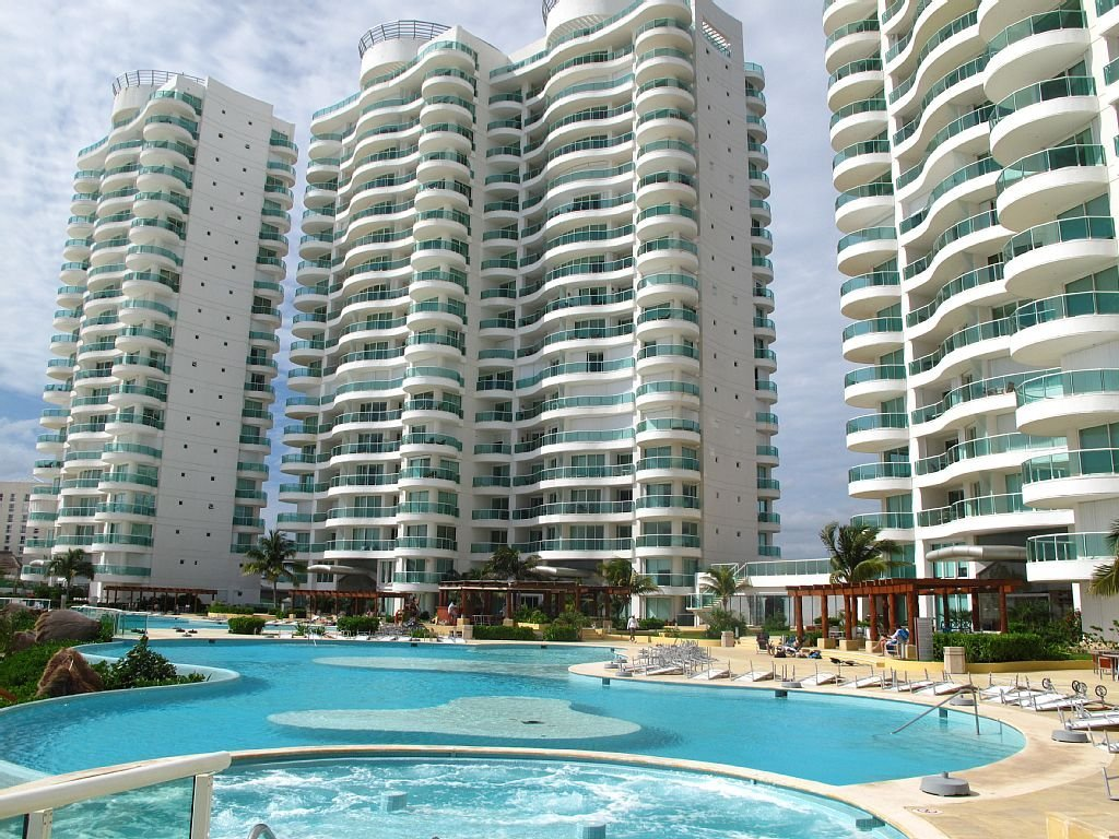 Cancun Hotel Zone House Lot Condo
